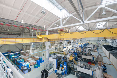 Factory en de industriële productie-installatie voor de vervaardiging van dranken Stockfoto