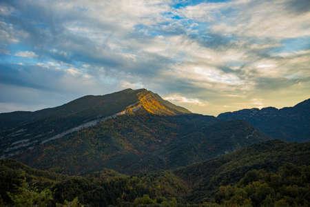 Autumn scene in Ordesa and Monte Perdido National Park, Spain Foto de archivo