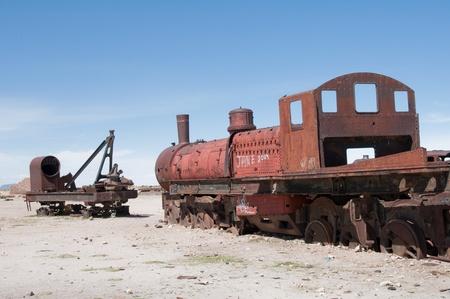 salvage yard: Old train in Uyuni (Bolivia) Editorial