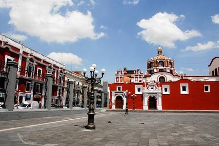 Iglesia de Santo Domingo, Puebla (M�xico) Foto de archivo - 11679475