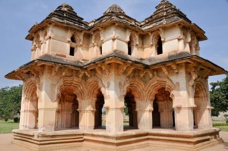 karnataka: Lotus Mahal de Zanana, Hampi, Karnataka, India Editorial
