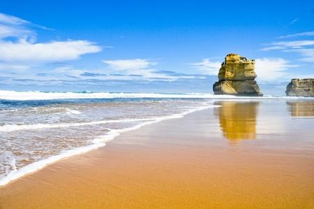 Gibson Steps and the Twelve Apostles, Victoria (Australia) photo
