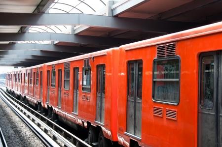 metro: Underground in Mexico City