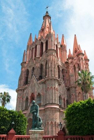 san miguel arcangel: San Miguel Arcángel Iglesia, San Miguel de Allende, México Foto de archivo