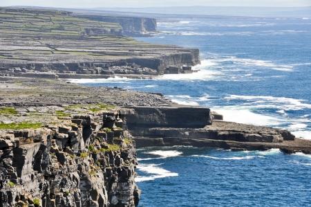 dun: Cliffs in Inishmore, Aran islands in Ireland