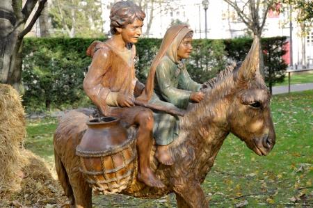 Figuras que representan escena de la natividad de Navidad en Florida Park, Vitoria, País Vasco, España Foto de archivo - 16622413