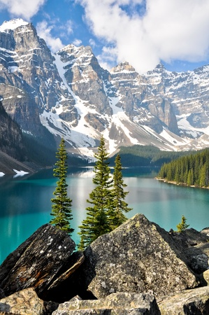 louise: Moraine Lake, Rocky Mountains, Canada