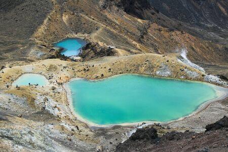 tongariro: Emerald Lakes en el cruce de Tongariro Alpine, Nueva Zelanda