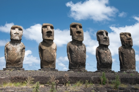 rapa nui: Ahu Tongariki, Isla de Pascua, Chile