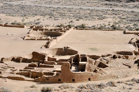 chaco: Pueblo Bonito ruins, Chaco Canyon, New Mexico, USA Stock Photo