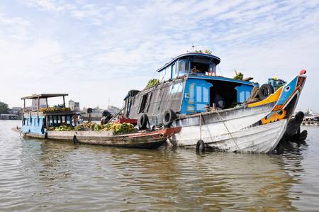 march� flottant: March� flottant au delta du M�kong, Chau Doc, Vietnam