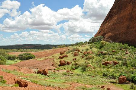 tjuta: Walpa Gorge in The Olgas, Australia