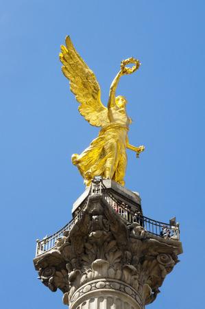 angel de la independencia: El �ngel de la Independencia, la Ciudad de M�xico