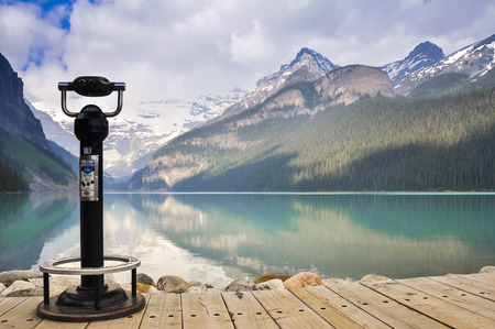 canadian coin: Lake Louise in Banff National Park, Canada