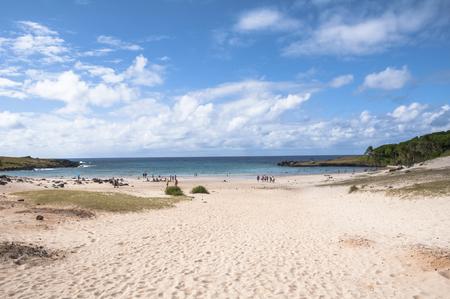 rapa nui: Anakena playa en el Parque Nacional Rapa Nui, Isla de Pascua, Chile Foto de archivo