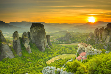 monasteri: Monasteri di Meteora al tramonto, Grecia