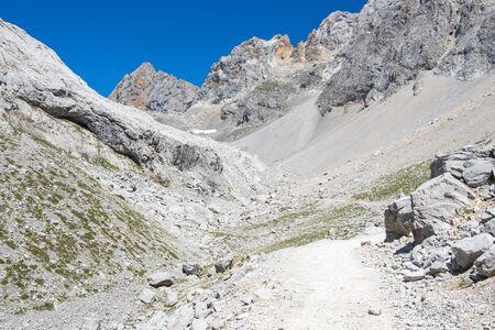 picos: Picos de Europa mountains next to Fuente De village, Cantabria, Spain Stock Photo