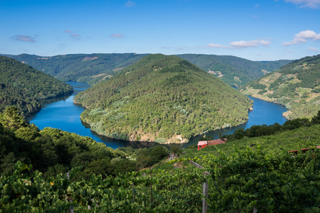 Cabo do Mundo meander in the river Minho, Lugo, Spain