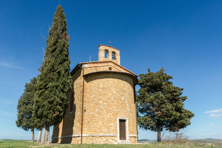 Chapel of Madonna di Vitaleta, Orcia Valley, Italy 免版税图像
