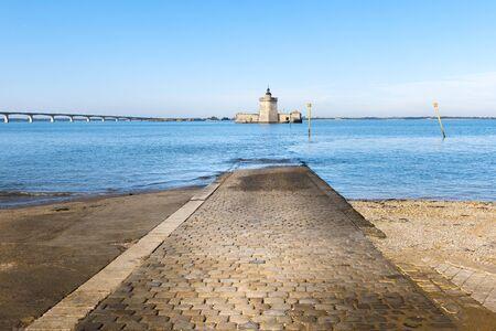 Fort Louvois à marée haute, Charente-Maritime, France