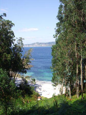 praia: The Cies Islands are part of Atlantic Islands of Galicia National Park. Praia das Figueiras is a beautifull beache.