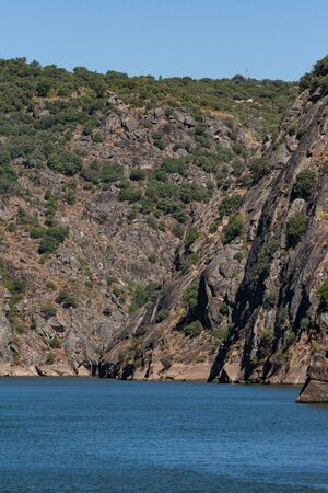 In the embedded valley that is locally called Arribas do Douro, the river geographically separates Spain from Portugal.