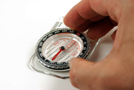 traverse: picture of a magentic compass for orientation