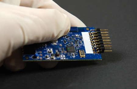 printed circuit board: composants ?lectroniques et semi-conducteurs mont?s sur carte ? circuit imprim?