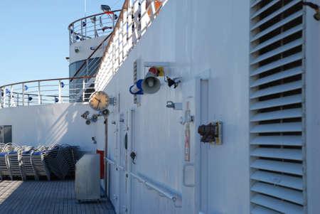 Imágenes de stock de la cubierta de un barco de cruceros Foto de archivo - 63178295