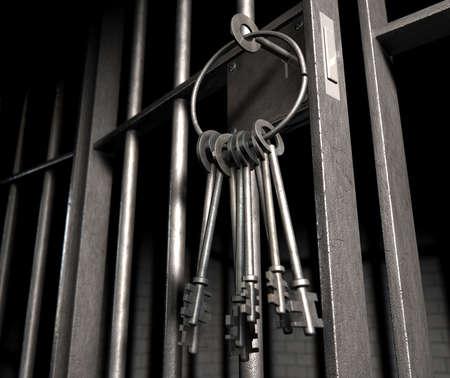 cellule prison: Un gros plan de la serrure d'une cellule de prison de barres de fer et un tas de clé dans le mécanisme de verrouillage avec la porte ouverte
