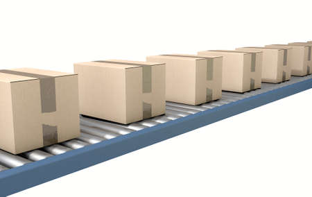 cajas de carton: Un sistema transportador de rodillos regular de transporte de cajas de cartón sobre un fondo blanco del estudio