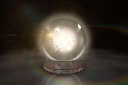 Een regelmatige gloeiende kristallen bol op een geïsoleerde donkere studio achtergrond