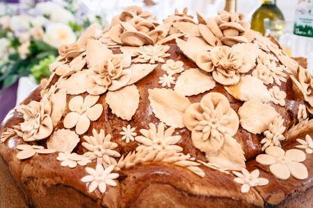 Wedding loaf. Traditional decoration Close-up Standard-Bild