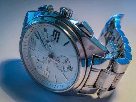 cronógrafo: Portrait of an old watch That marked important milestones in my life.