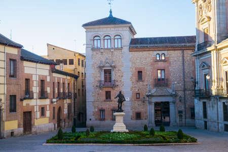 Álvaro de Bazán monument on plaza de la villa; Madrid, Spain
