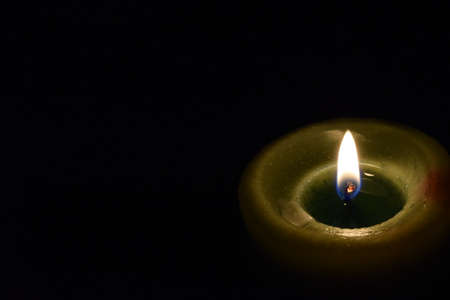 The lonely candle Imagens