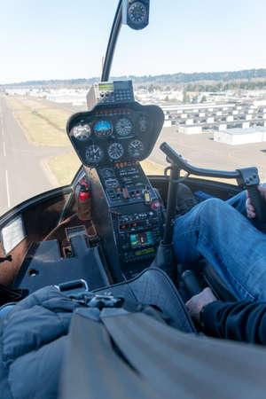 Kent, Washington - 2019-03-03 - R44 cockpit before landing