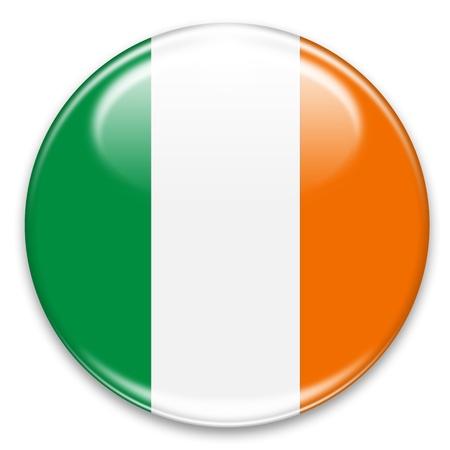 bandera de irlanda: bot�n de la bandera irlandesa aislados en blanco