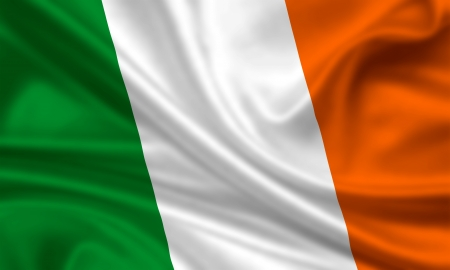 waving flag of ireland Stock Photo - 15251125