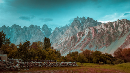 Beautiful view of Feilds in the mountains of Passu, in Hunza Valley, Pakistan Foto de archivo - 121491345