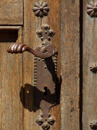 door handle: Decorative antique door handle