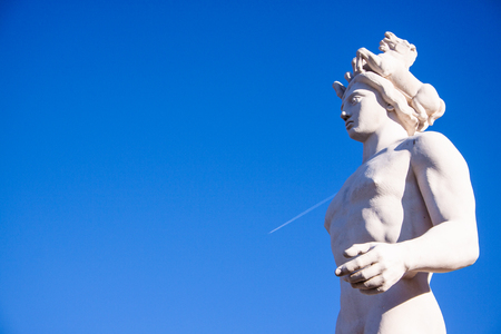 Particular of the statue of Apollo in Nice, France Banque d'images - 111062436