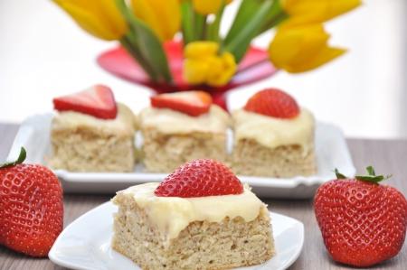 ストロベリー バニラのケーキ