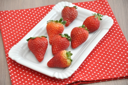 Fresh Strawberries Stock Photo - 18315502