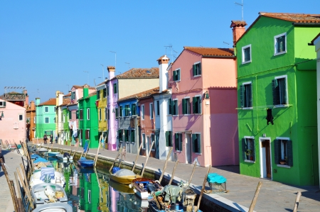 venecian: Colorful houses on the island of Burano in the Venetian lagoon - Italy Editorial