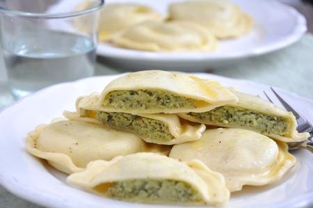 Homemade Ravioli with spinach Stock Photo - 18540573