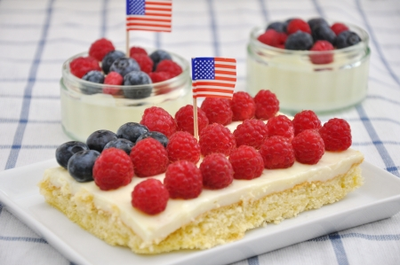 4th of July Berry Cake