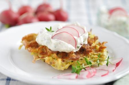 Potato Waffle with cream cheese and radish 版權商用圖片