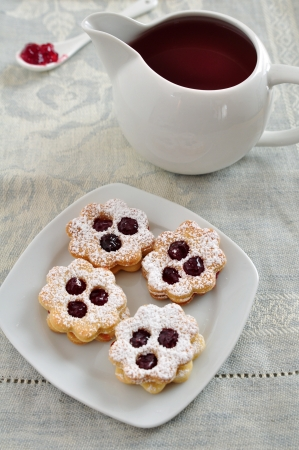 Linzer Cookies photo