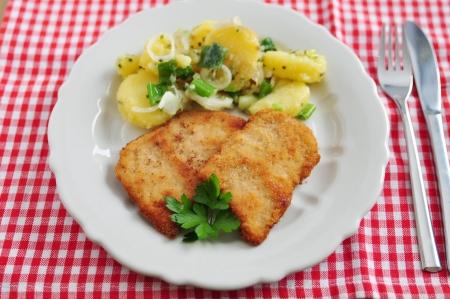 breaded pork chop: Wiener Schnitzel